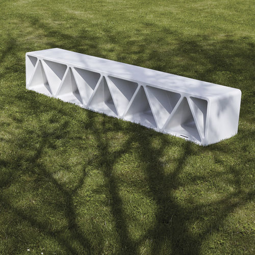public bench / contemporary / high-performance concrete