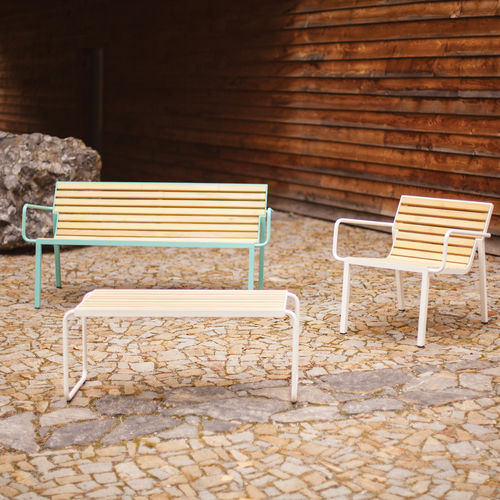 contemporary bench and table set - mmcité street furniture