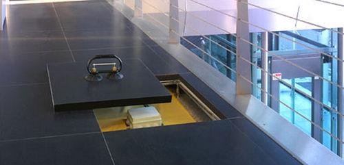 porcelain stoneware raised access floor / frost-resistant / indoor