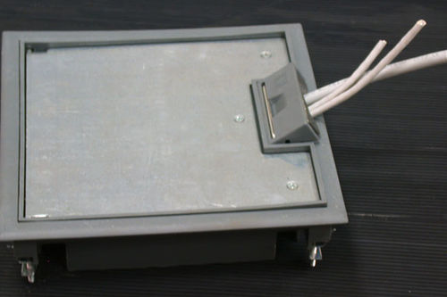 floor-mounted electrical box / built-in / for sockets