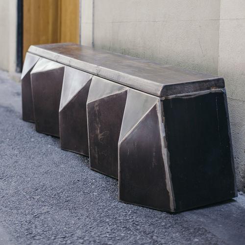 original design bench - ICI ET LA