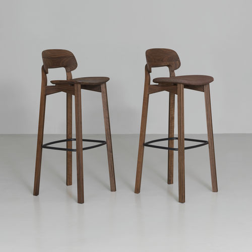 contemporary bar chair / oak / black