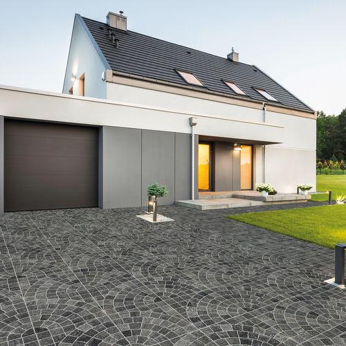outdoor tile / floor / porcelain stoneware / 60x60 cm