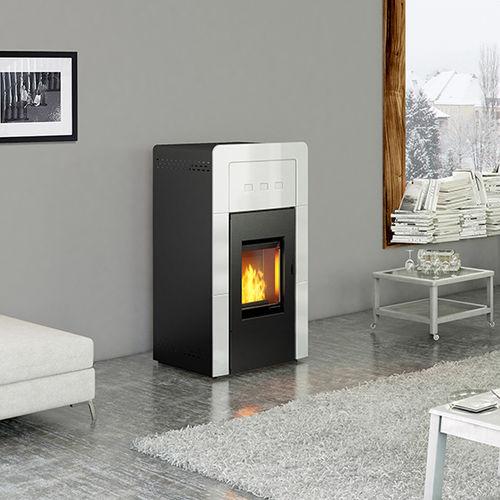 pellet boiler stove / multi-fuel / contemporary / traditional