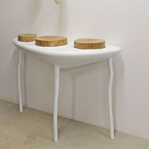 organic design sideboard table / oak / resin / triangular