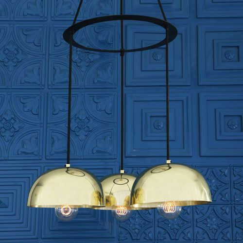 traditional chandelier / polished brass