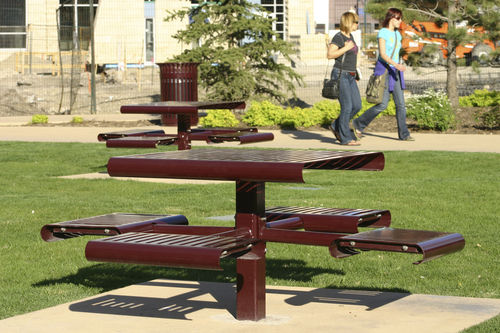 contemporary picnic table / steel / recycled plastic / ipe
