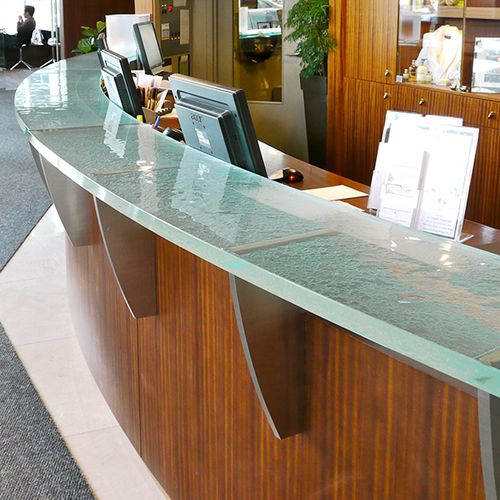 semicircular reception desk / glass / for hotel / for bar
