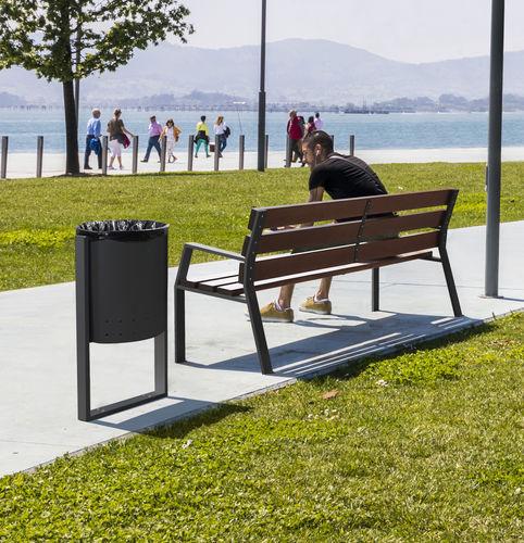 public trash can - CERVIC ENVIRONMENT