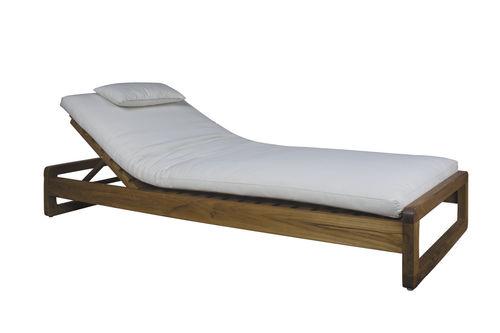traditional sun lounger / teak / garden / commercial