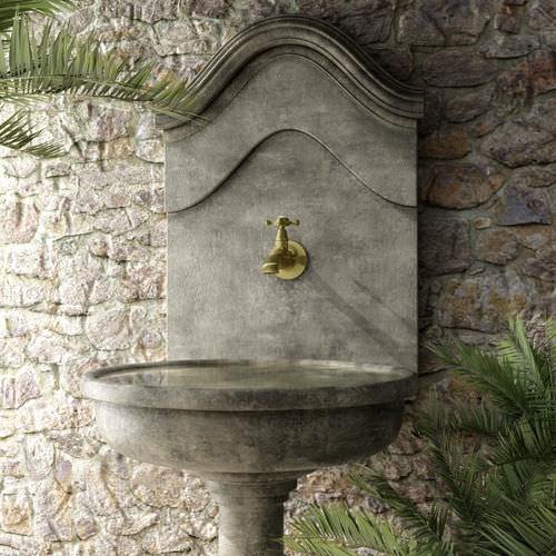 outdoor drinking fountain