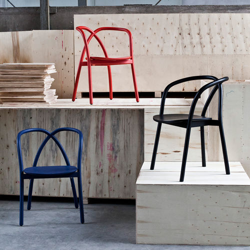 contemporary chair / with armrests / ash / black