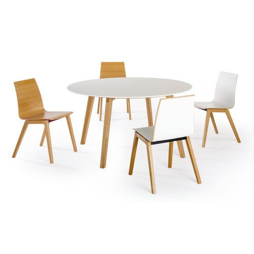 contemporary boardroom table / solid wood / round / for public buildings
