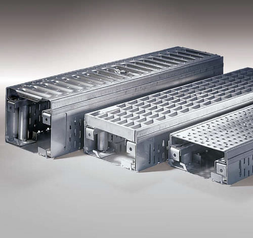 stainless steel drainage channel / galvanized steel / with grating / flat