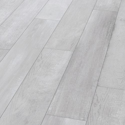 engineered parquet floor / floating / oak / brushed
