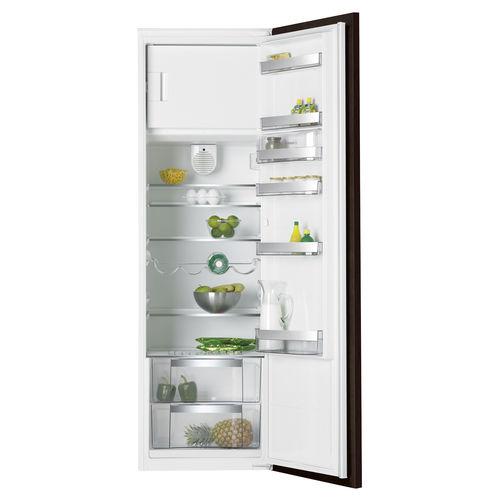 upright refrigerator / white / energy-efficient