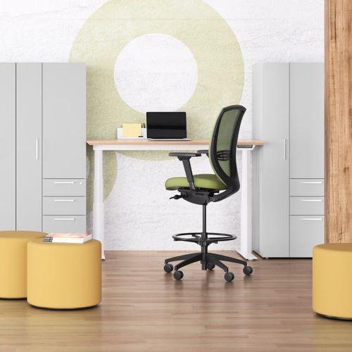 mesh task chair / aluminum / star base / on casters