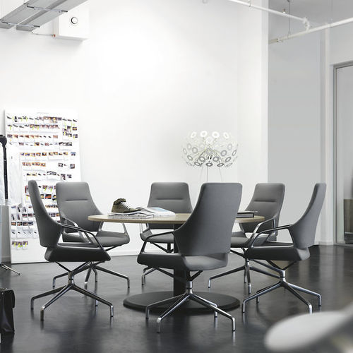 contemporary office chair / on casters / with armrests / star base