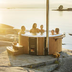 wooden Nordic hot tub / commercial