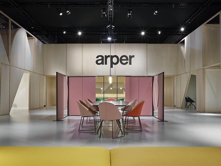 Sedie Arper Outlet.Arper At The Salone Del Mobile 2018 Via Lombardia 16
