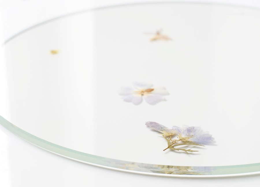 Fine Meike Hardes Evergreen Platters Contain Pressed Flowers Caraccident5 Cool Chair Designs And Ideas Caraccident5Info