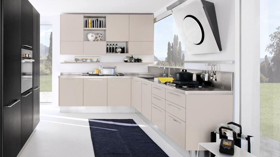 NEW: contemporary kitchen by CUCINE LUBE - CUCINE LUBE