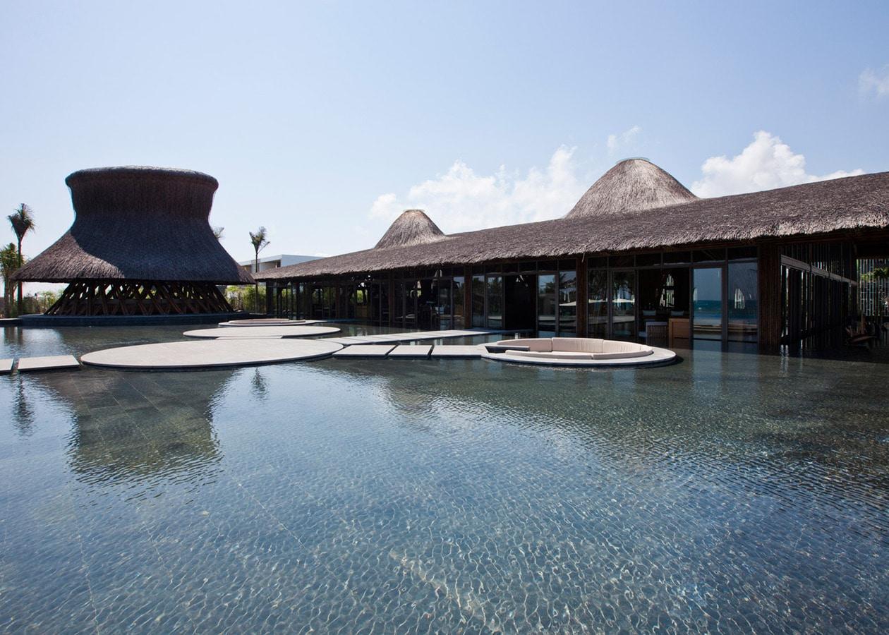 Vo Trong Nghia Adds Bamboo Restaurant And Beach Bar To Spa Resort In Vietnam Hải Chau District Da Nang Vietnam