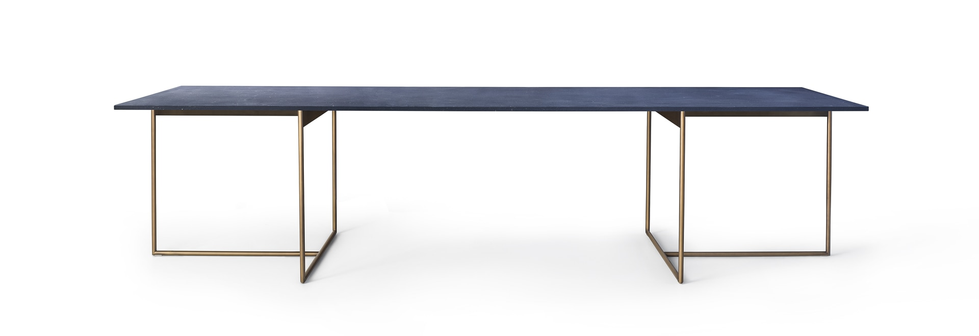 Alamo dining table - David Lopez Quincoces