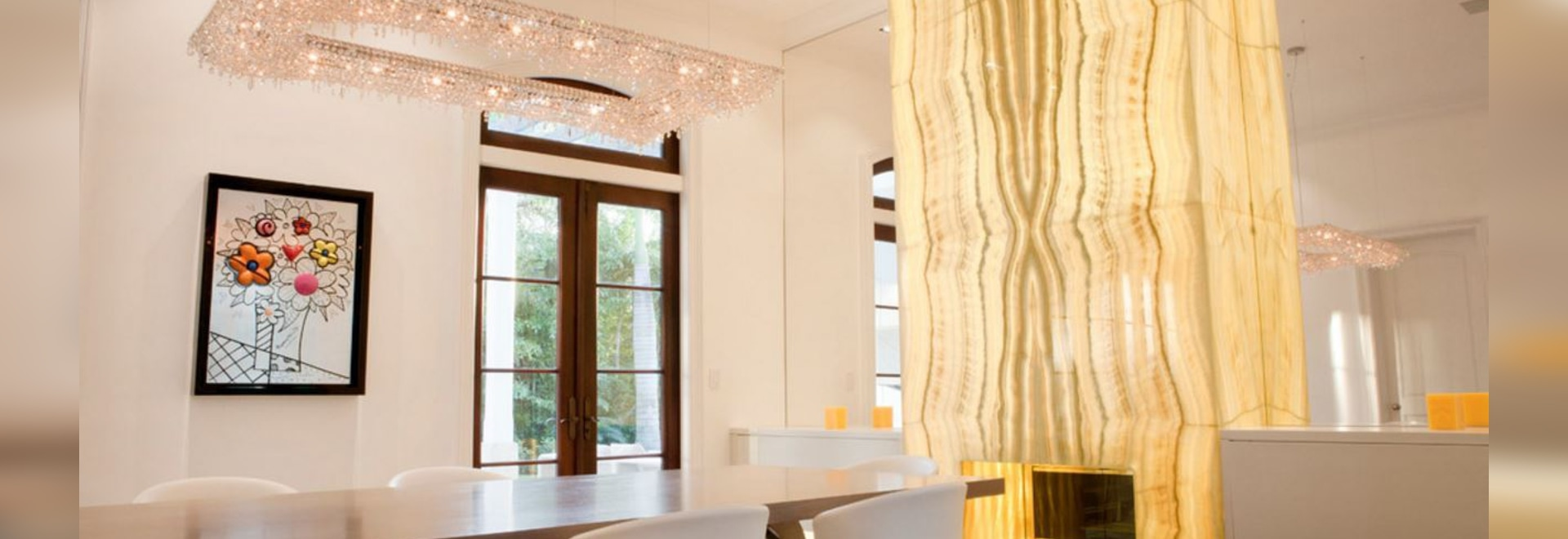 Artikoi and Fjord crystal chandelier in a private residence