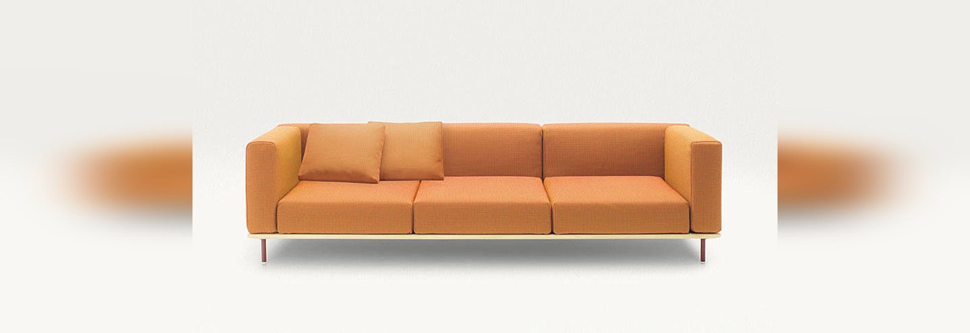Bench, design: Bestetti Associati.