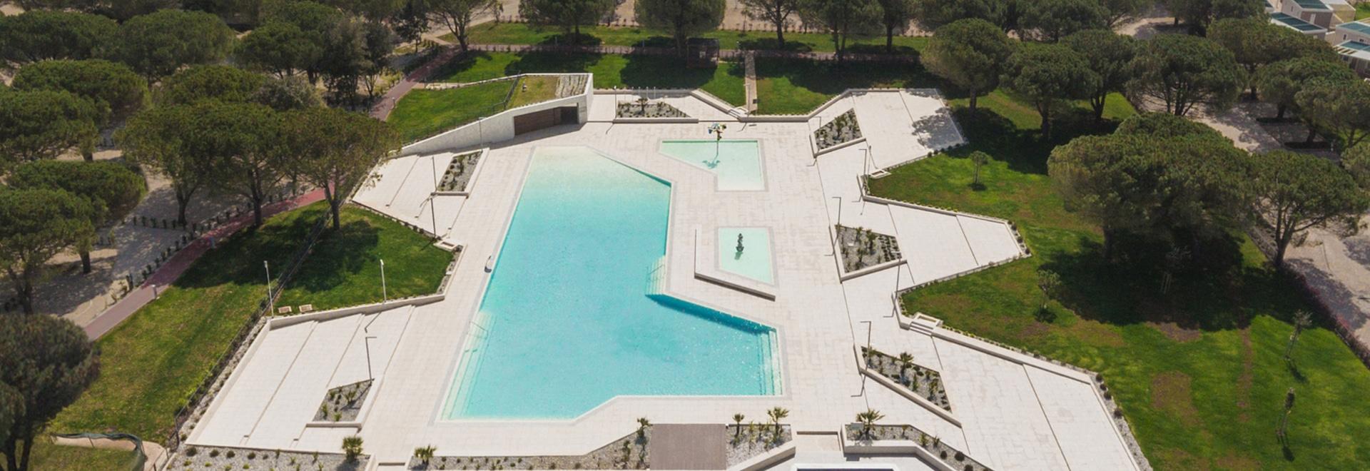 Camping Stella Maris Swimming Pool and Reception / NFO