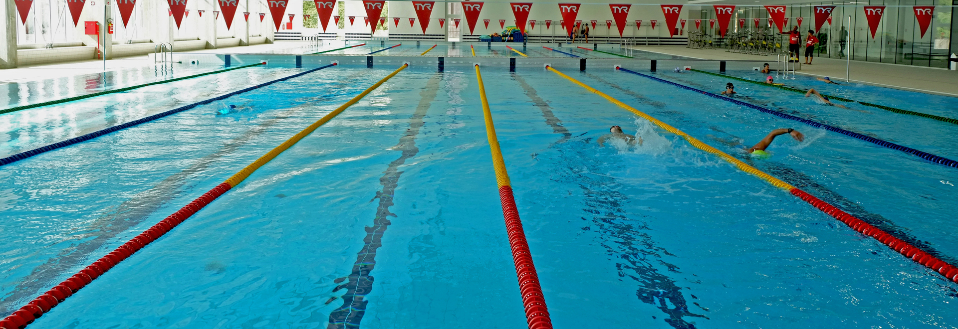 Cuneo swimming stadium: a contemporary decorative format in porcelain stoneware