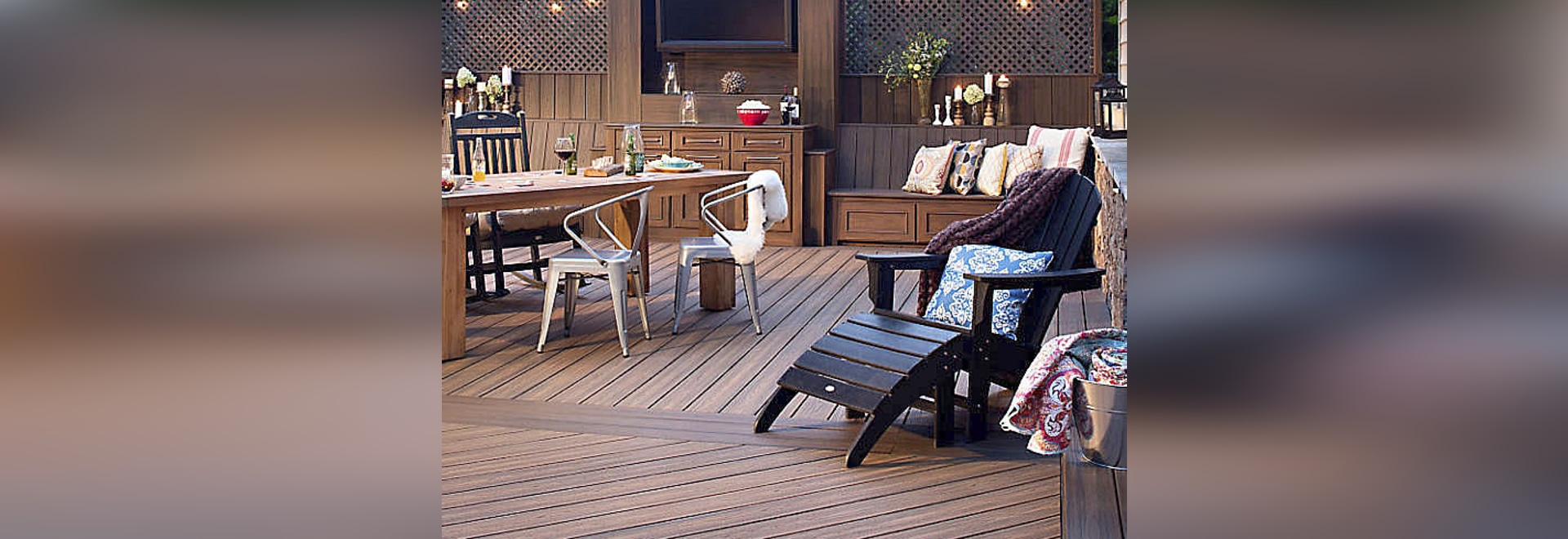 DECKING: TRANSCEND® IN HAVANA GOLD AND SPICED RUM