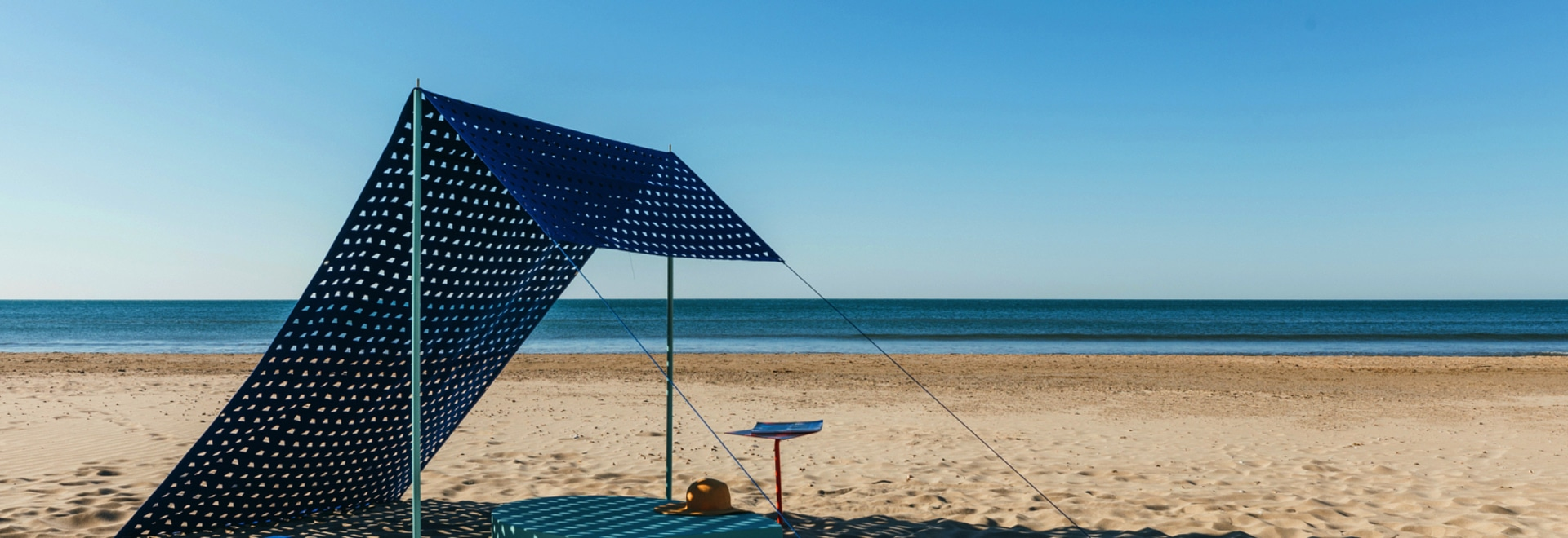 "DICKSON® SELECTED FOR 5.5 DESIGN STUDIO EXHIBITION  ""DESIGN ON THE BEACH"""
