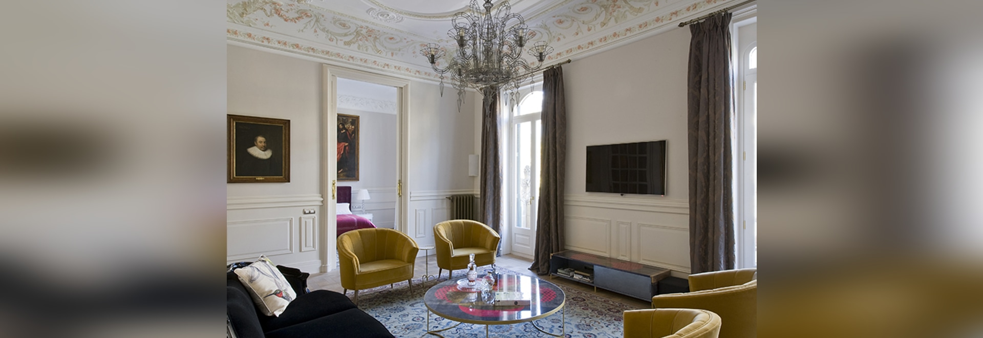 Discover the Spanish Touch In Art Apartment with BRABBU