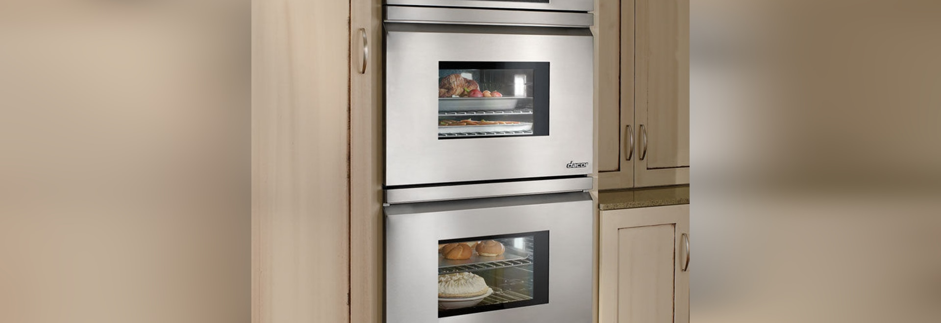 DISTINCTIVE: Double Wall Ovens