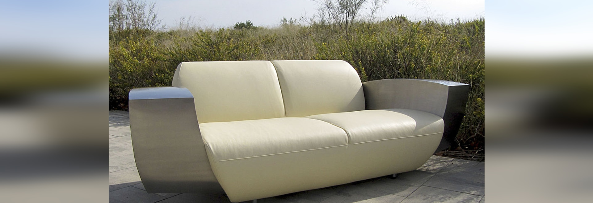 EASY ONE XL , deep seated sofa by ICI ET LÀ