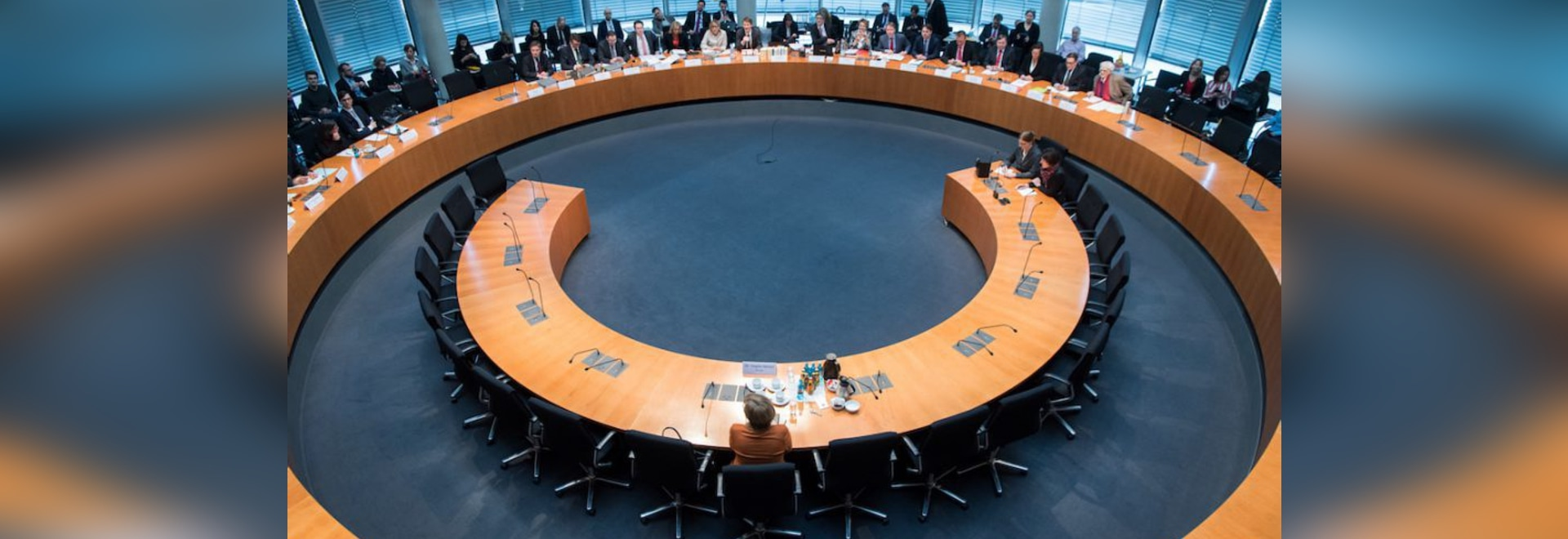 In the eye of the storm: Germany's chancellor on Wilkhahn's FS chair