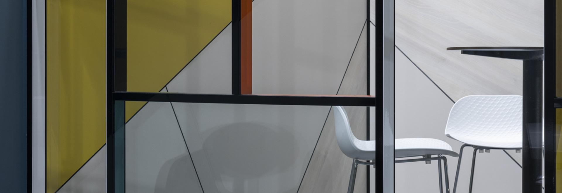 Flat SET & Piet Mondrian