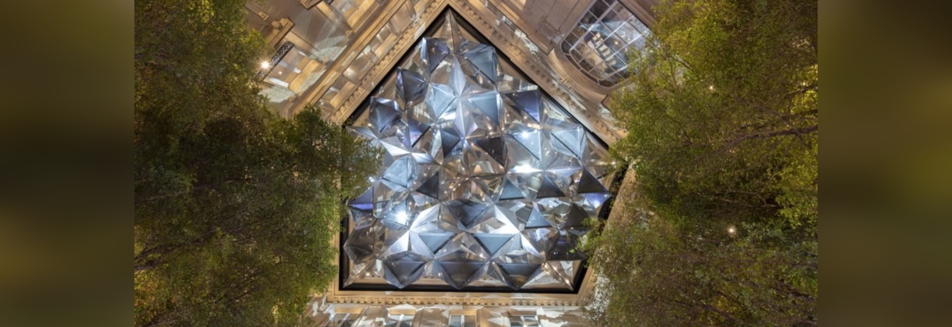 Gorgeous new Apple store is powered entirely by renewable energy in Paris