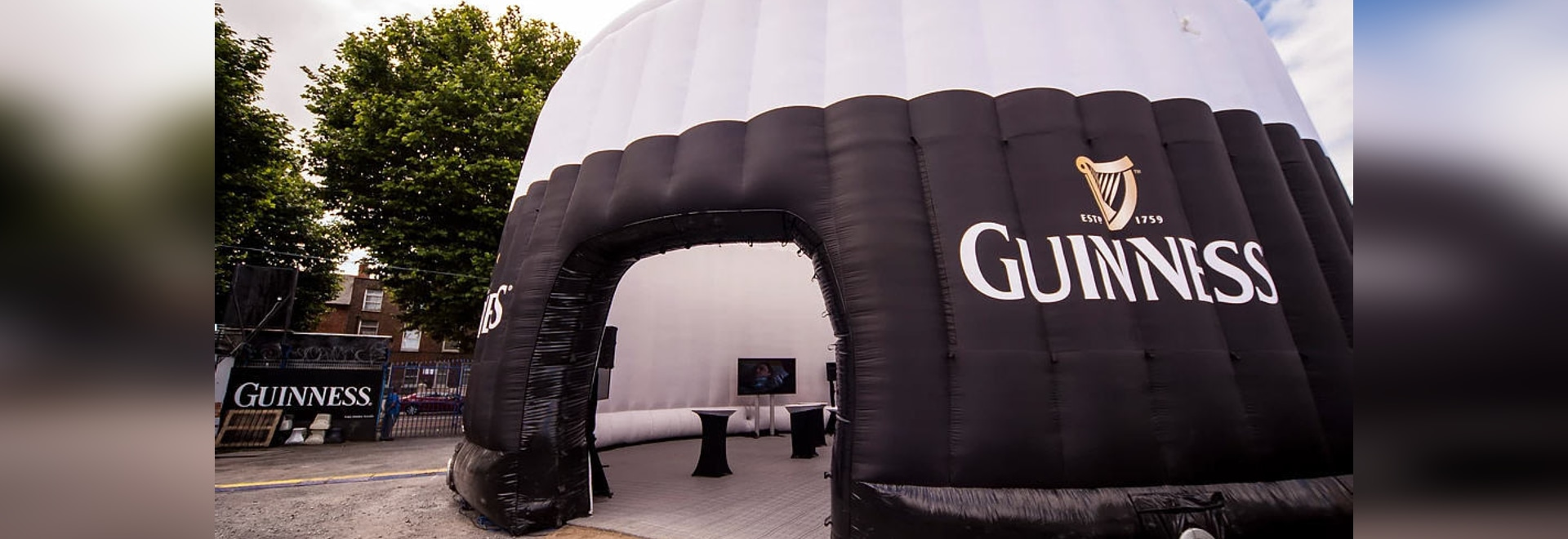 Guinness Fan Zone- inflatable structure for events Studio Soufflé