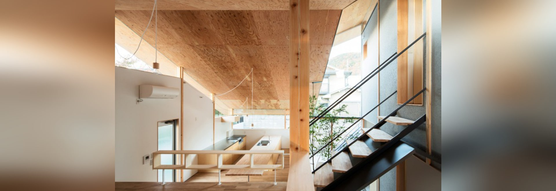 HOUSE UNDER THE EAVES BY Y+M DESIGN OFFICE