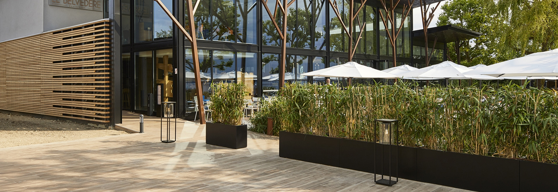 Image'In planters for restaurants