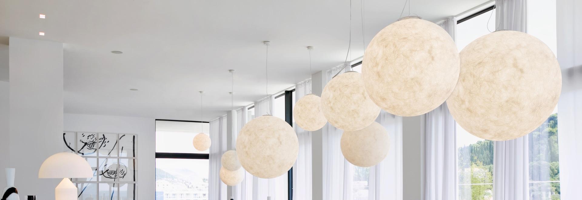In-es.artdesign's Luna (moon)