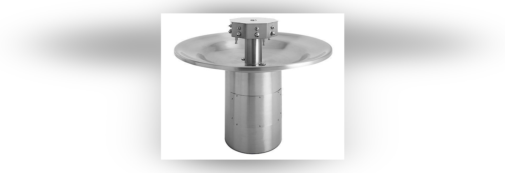 L-56 commercial hand basin by Lovair