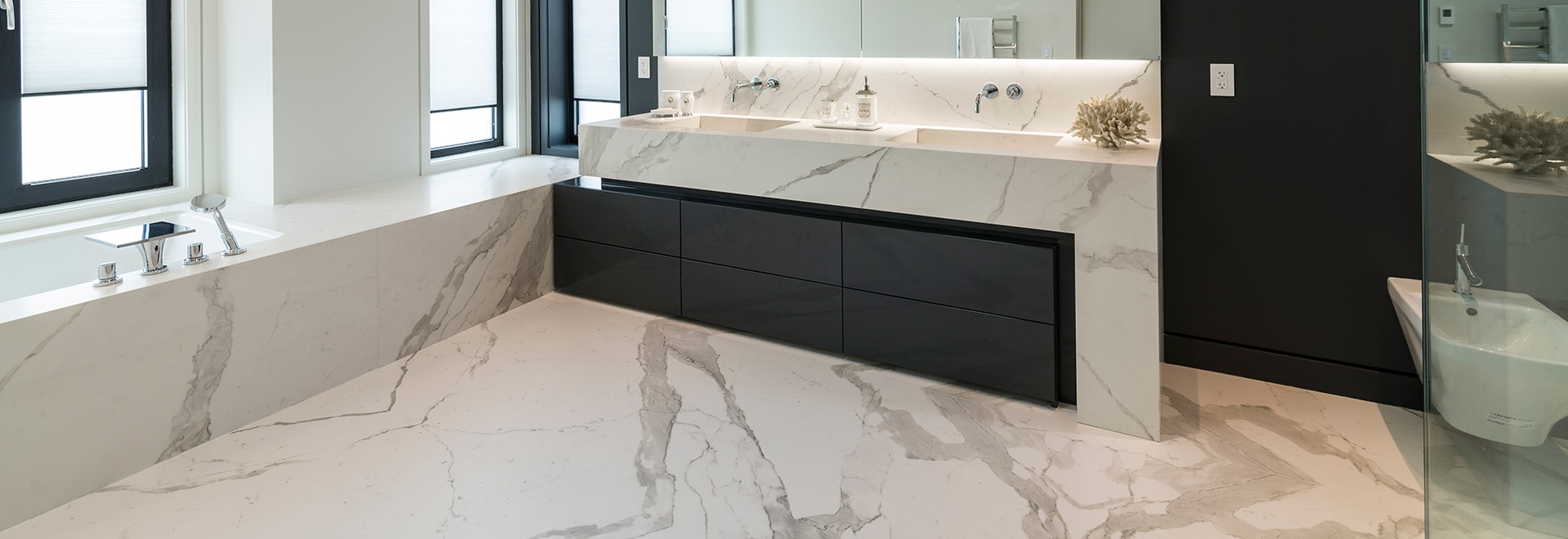 LAMINAM SLABS FOR THE TOTAL LOOK OF THE BATHROOM
