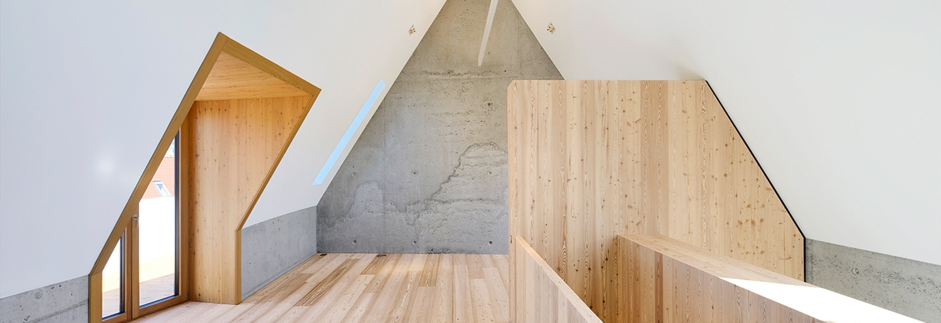 "mafi ""LARCH, brushed, lye treated, white oil"" meets exposed concrete"