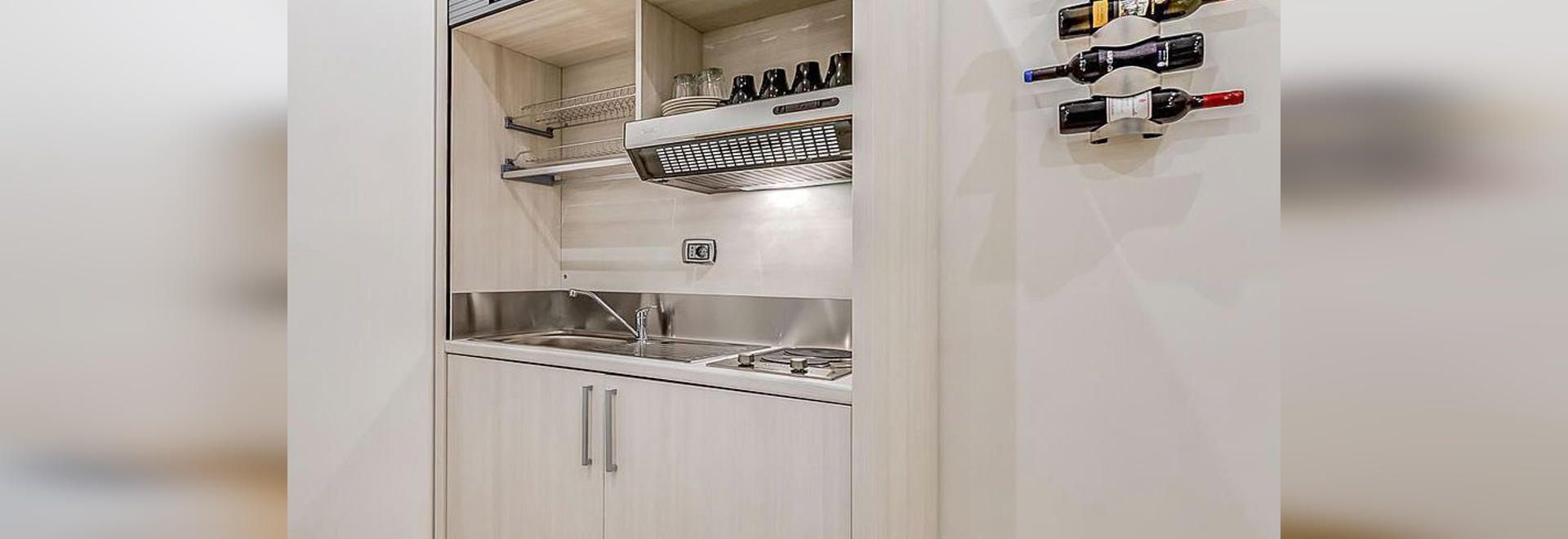 MINI-KITCHENS FOR MINI-APARTMENTS-CONTRACT USE - by Mobilspazio