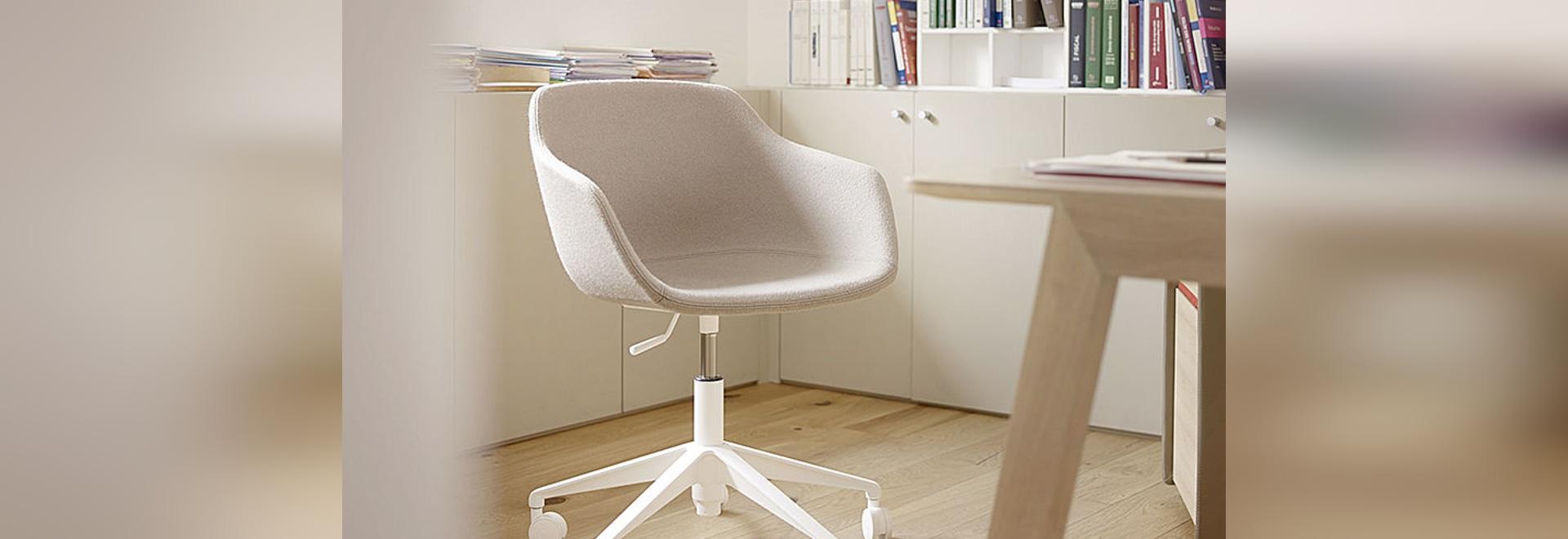 New: Kuskoa Bi Desk Chair