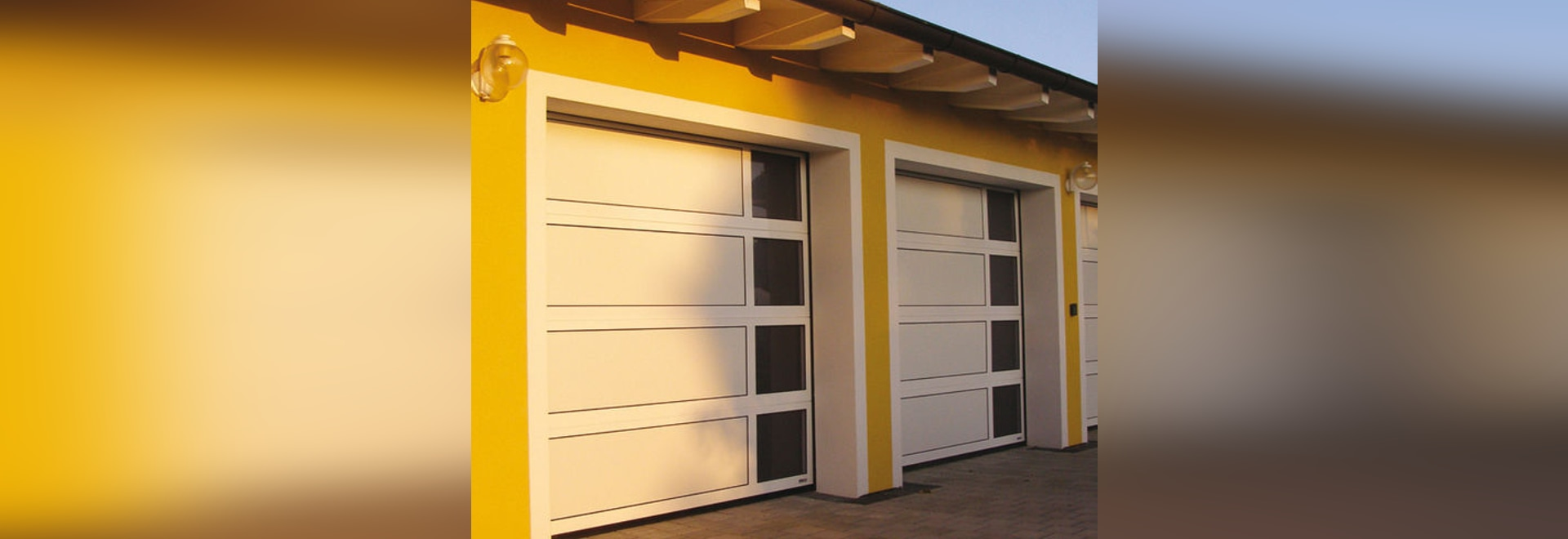 NEW: sectional garage door by Guttomat